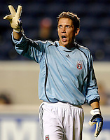 DC United goalkeeper Troy Perkins (1) signals to his team.  The Chicago Fire defeated the DC United 3-0 in the semifinals of the U.S. Open Cup at Toyota Park in Bridgeview, IL on September 6, 2006...