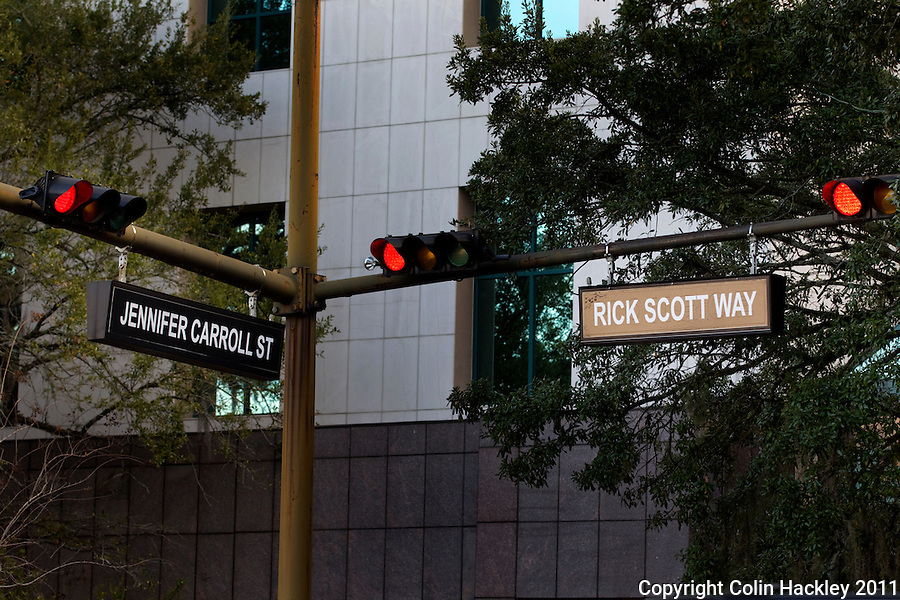 TALLAHASSEE, FLA. 1/4/11-SCOTTINAUG010411 CH-Tallahassee street signs were temporarily changed for the inaugural ceremonies of Gov. Rick Scott..COLIN HACKLEY PHOTO