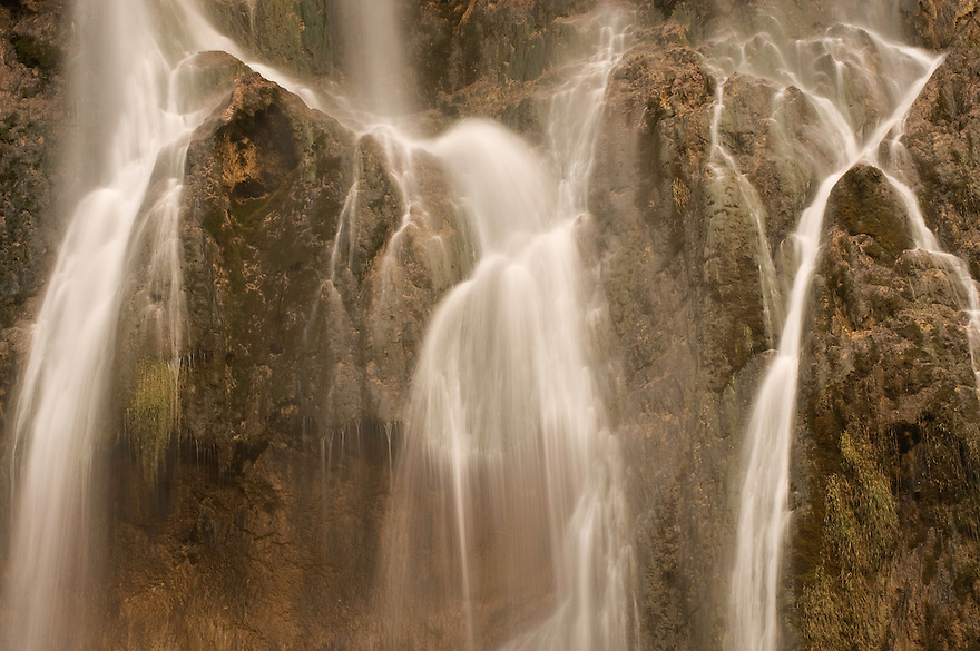 Veliki slap (Big waterfall) Plitvicka Slap detail, Lower Lakes, Plitvice National Park, Croatia
