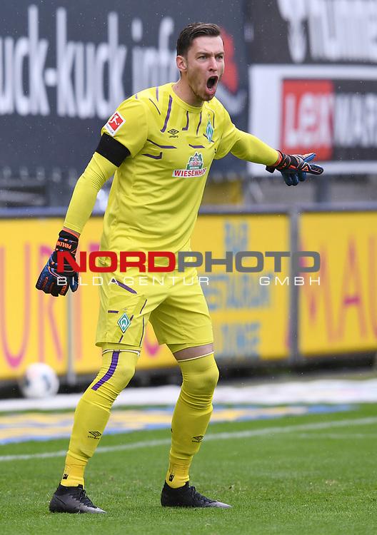 FussballFussball: agnph001:  1. Bundesliga Saison 2019/2020 27. Spieltag 23.05.2020<br />SC Freiburg - SV Werder Bremen<br />Torwart Jiri Pavlenka (Bremen)<br />FOTO: Markus Ulmer/Pressefoto Ulmer/ /Pool/gumzmedia/nordphoto<br /><br />Nur fŸr journalistische Zwecke! Only for editorial use! <br />No commercial usage!