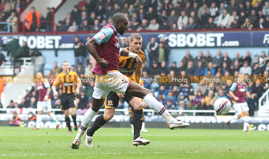 Carlton Cole scores the 2nd goal for West Ham - West Ham United vs Hull City, npower Championship at Upton Park, West Ham - 28/04/12 - MANDATORY CREDIT: Rob Newell/TGSPHOTO - Self billing applies where appropriate - 0845 094 6026 - contact@tgsphoto.co.uk - NO UNPAID USE.