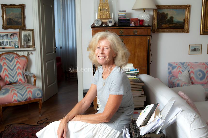 Isabella Bossi Fedrigotti, writer, Journalist, Corriere della Sera, 2010, milan.  © Leonardo Cendamo