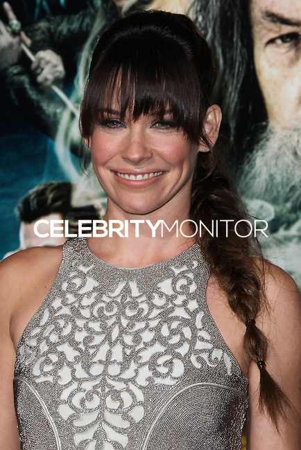 """HOLLYWOOD, CA - DECEMBER 02: Evangeline Lilly arriving at the Los Angeles Premiere Of Warner Bros' """"The Hobbit: The Desolation Of Smaug"""" held at Dolby Theatre on December 2, 2013 in Hollywood, California. (Photo by Xavier Collin/Celebrity Monitor)"""