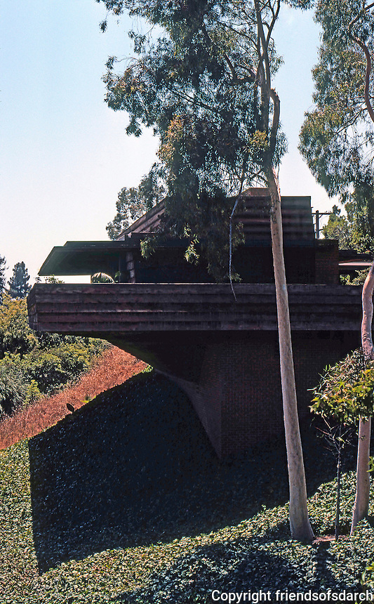 F.L. Wright: Sturges House, 1939. Brentwood.  Photo '78.
