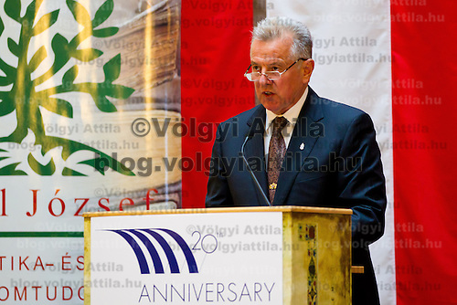 Pal Schmitt President of Hungary delivers his speech during the Conference on the Economy Potence of the Central Europe region held at the Corvinus University in Budapest, Hungary on October 07, 2011. ATTILA VOLGYI