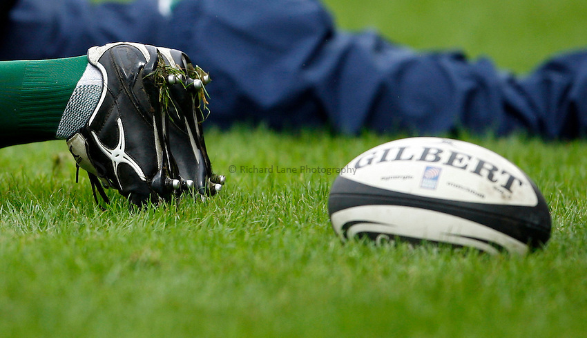 Photo: Richard Lane/Richard Lane Photography. Gloucester Rugby v Leicester Tigers. Guinness Premiership. 07/09/2008. Glibert rugby boots and ball.