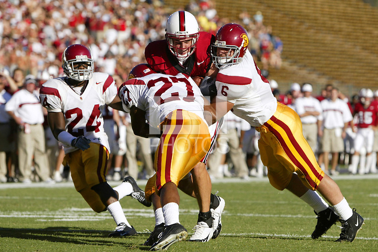 25 September 2004: Evan Moore during Stanford's 31-28 loss to the USC Trojans on September 25, 2004 at Stanford Stadium in Stanford, CA.