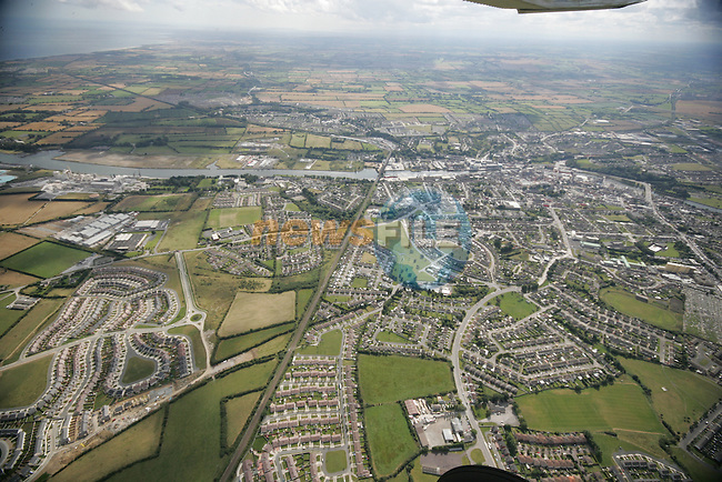 Aerial photograph showing the North side of Drogheda looking South over the Boyne with Termon Abbey, Harmony Heights and College Rise in view. 02/09/05...Photo NEWSFILE/Fran Caffrey.(Photo credit should read Fran Caffrey/NEWSFILE)....This Picture has been sent you under the condtions enclosed by:.Newsfile Ltd..The Studio,.Millmount Abbey,.Drogheda,.Co Meath..Ireland..Tel: +353(0)41-9871240.Fax: +353(0)41-9871260.GSM: +353(0)86-2500958.email: pictures@newsfile.ie.www.newsfile.ie.FTP: 193.120.102.198...This picture is from Fran Caffrey@newsfile.ie