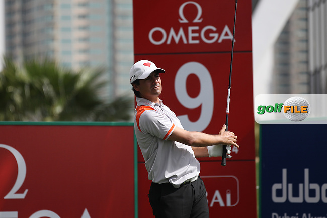 Felipe Aguilar (CHI) in action on the 9th tee during Thursday's Round 1 of the 2012 Omega Dubai Desert Classic at Emirates Golf Club Majlis Course, Dubai, United Arab Emirates, 9th February 2012(Photo Eoin Clarke/www.golffile.ie)