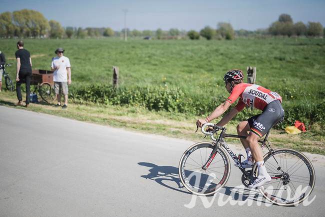 Jens Debusschere (BEL/Lotto-Soudal) chasing<br /> <br /> 115th Paris-Roubaix 2017 (1.UWT)<br /> One Day Race: Compi&egrave;gne &rsaquo; Roubaix (257km)
