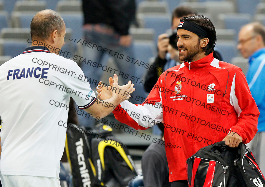 Tenis, Davis Cup 2010.Serbia Vs. France, final.Practice session.Serbia's tennis player Janko Tipsarevic, right and France team captain Guy Forget, talk.Beograd, 30.11.2010..foto: Srdjan Stevanovic/Starsportphoto ©