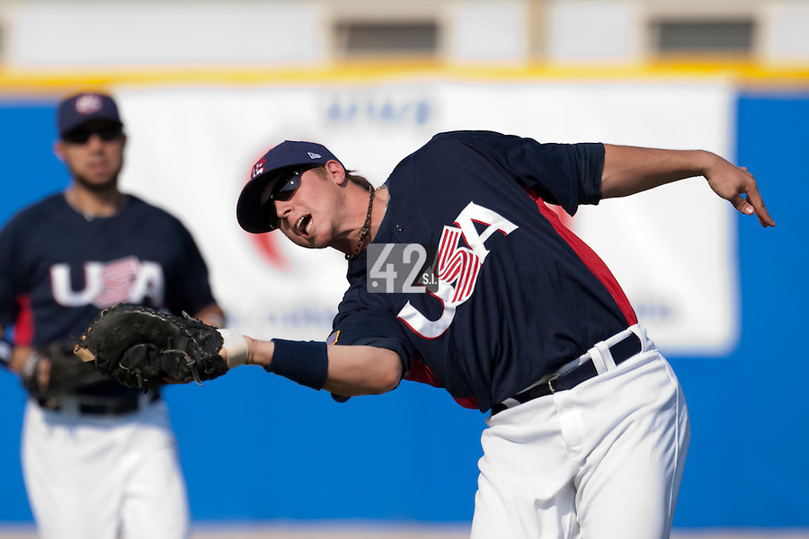 27 September 2009: Justin Smoak of Team USA makes a catch during the 2009 Baseball World Cup gold medal game won 10-5 by Team USA over Cuba, in Nettuno, Italy.