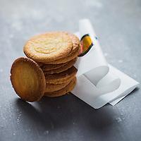 France, Finistère (29), Pont-Aven, galettes de Pont Aven de la biscuiterie Traou Mad. // France, Finistere, Pont Aven, The Galette de Pont-Aven, Traou Mad cookies specialties