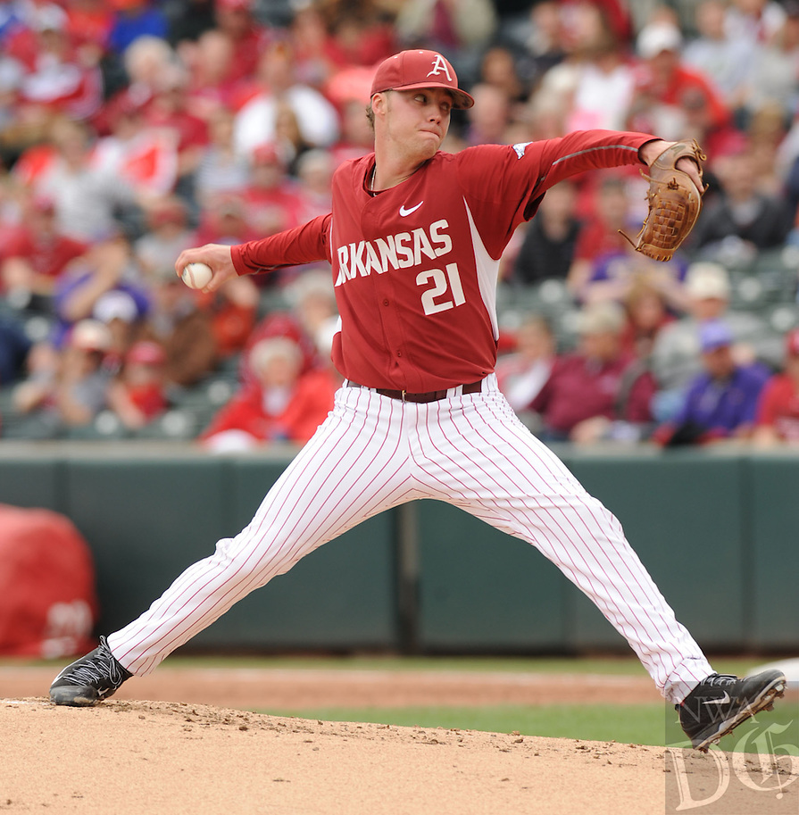 NWA Democrat-Gazette/ANDY SHUPE - Starter Trey Killian of Arkansas delivers a pitch against LSU during the second inning Saturday, March 21, 2015, at Baum Stadium in Fayetteville. Visit nwadg.com/photos for more photos from the game.