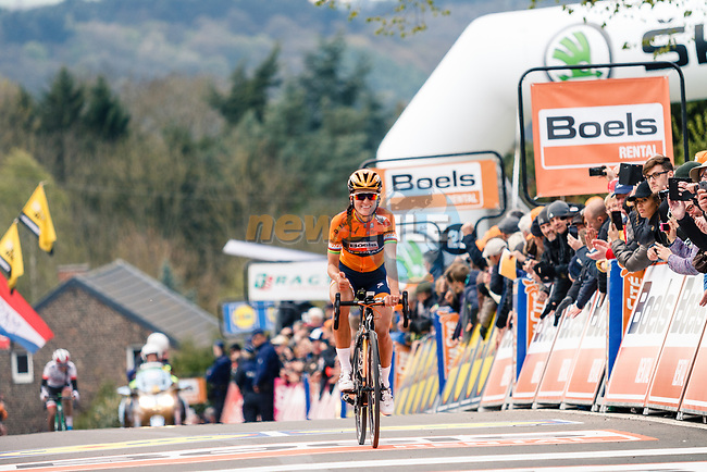 Elizabeth Deignan (GBR) Boels Dolmans Cyclingteam finishes in 2nd place behind her team mate at the end of La Fleche Wallonne Femme 2017, Huy, Belgium. 19 April 2017. Photo by Thomas van Bracht / PelotonPhotos.com