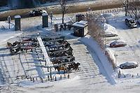 Amérique/Amérique du Nord/Canada/Québec/ Québec: Dans la ville haute les parking pour les calèches et les automoblies
