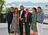 """CANNES, FRANCE. May 18, 2019: Leonardo Sbaraglia, Penelope Cruz, Asier Etxeandia, Pedro Almodovar, Nora Navas & Antonio Banderas at the photocall for the """"Pain and Glory"""" at the 72nd Festival de Cannes.<br /> Picture: Paul Smith / Featureflash"""