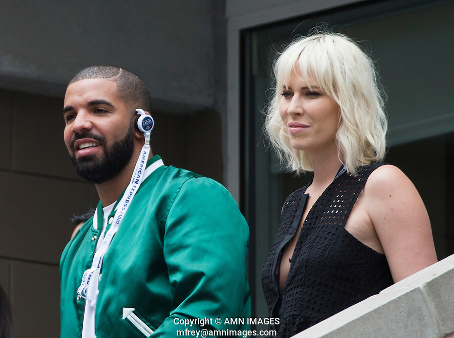 DRAKE, NATASHA BEDINGFIELD<br /> <br /> The US Open Tennis Championships 2015 - USTA Billie Jean King National Tennis Centre -  Flushing - New York - USA -   ATP - ITF -WTA  2015  - Grand Slam - USA  <br /> <br /> &copy; AMN IMAGES