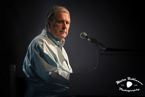 Pet Sounds 50th anniversary 2017 tour by Akron music photographer Mara Robinson