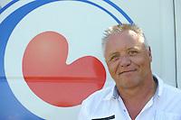 FIERLJEPPEN: JOURE: Accommodatie Koarte Ekers, 26-05-2012, interim FLB-voorzitter Jouke Jansma, ©foto Martin de Jong