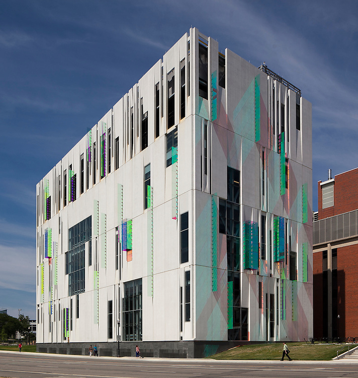 The Ohio State University South Campus Central Chiller Plant | Ross Barney Architects & Champlin Architecture