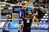 GRONINGEN - Volleybal, Lycurgus - Taurus,  seizoen 2018-2019, 08-12-2018 blok van Lycurgus speler Niels de Vries