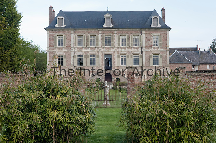 The 19th century property in northern France had been empty for over thirty years and required major restoration to return it to its former glory