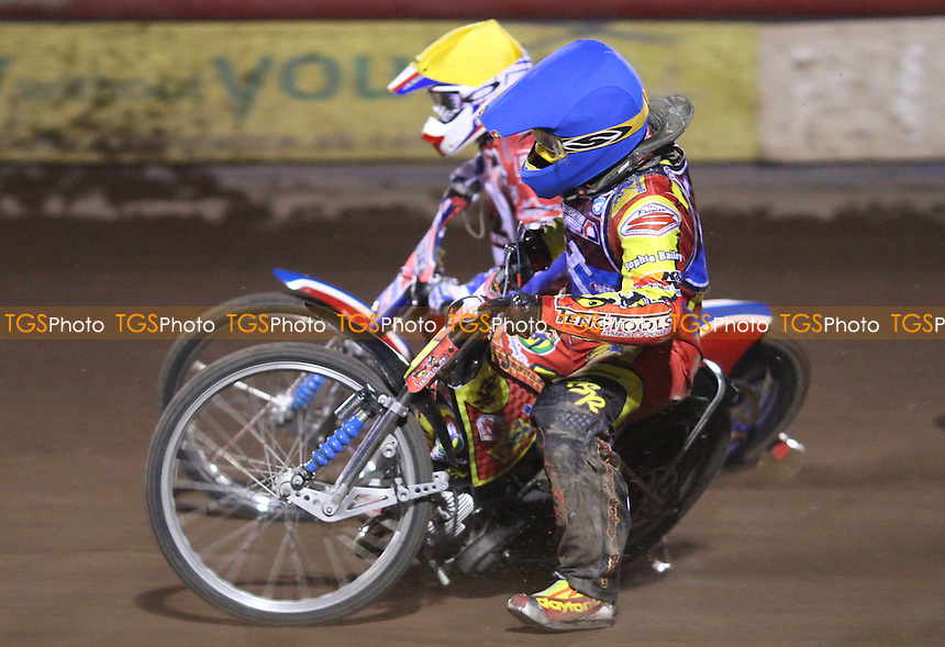 Adam Sheppard of Lakeside nips up the inside - Lakeside Young Hammers vs Peterborough Thundercats, Anglian Junior League Speedway at the Arena Essex Raceway, Pufleet - 11/05/12 - MANDATORY CREDIT: Rob Newell/TGSPHOTO - Self billing applies where appropriate - 0845 094 6026 - contact@tgsphoto.co.uk - NO UNPAID USE..
