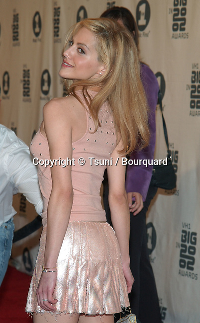 Brittany Murphy arrives at the VH1 2002 Big Awards held at the Grand Olympic, on December 4, 2002.           -            MunizFrankie13.jpg