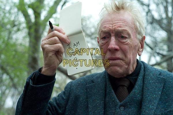 MAX VON SYDOW .in Extremely Loud and Incredibly Close .*Filmstill - Editorial Use Only*.CAP/FB.Supplied by Capital Pictures.