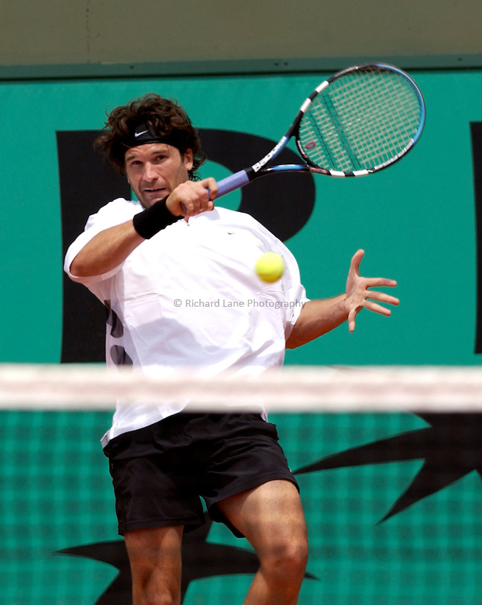 Photo. Jed Wee.French Open Tennis Championships, Rolland Garros, Paris, France. 26/05/2003..Carlos Moya.