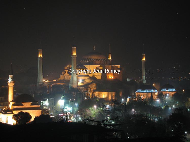 Aya Sofia at Night - Istanbul, Turkey