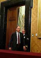 Il Presidente del Consiglio incaricato Enrico Letta incontra la stampa al termine delle sue consultazioni coi portavoce dei gruppi parlamentari sulla formazione del nuovo governo, alla Camera, Roma, 25 aprile 2013..Italian Premier designate Enrico Letta meets press at the end of his talks with political groups representatives, on the formation of the new government, in Rome, 25 April 2013..UPDATE IMAGES PRESS/Isabella Bonotto