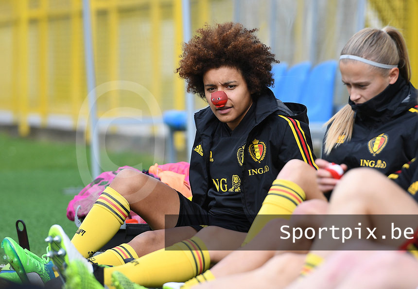20191107 - Zapresic , BELGIUM : Belgian Kassandra Missipo pictured with a red nose on during a Matchday -1 training session before a  female soccer game between the womensoccer teams of  Croatia and the Belgian Red Flames , the third women football game for Belgium in the qualification for the European Championship round in group H for England 2021, Thursday 7 th october 2019 at the NK Inter Zapresic stadium near Zagreb , Croatia .  PHOTO SPORTPIX.BE | DAVID CATRY
