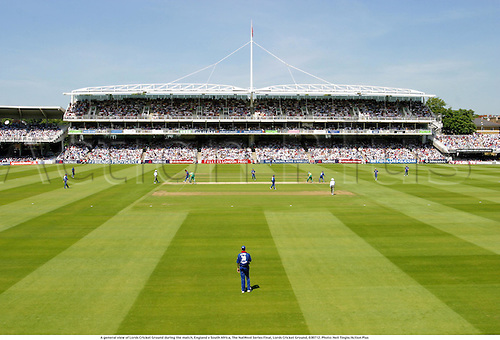 A general view of Lords Cricket Ground during the match, England v South Africa, The NatWest Series Final, Lords Cricket Ground, 030712. Photo: Neil Tingle/Action Plus...2003.grounds venue venues.one day international internationals ODI