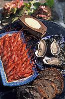"""Europe/France/Bretagne/29/Finistère/Audierne: Les huitres de pleine mer et les crevettes - Bouquet du restaurant """"Le Do Yen"""""""