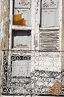 Oliveira_MG, Brasil...Detalhe da janela de uma casa em Oliveira...Detail of a old window in a house...Foto: LEO DRUMOND / NITRO