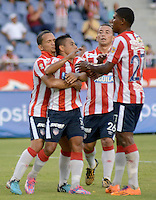 BARRANQUILLA  -COLOMBIA, 4-MARZO-2015. Jugadores  del Atletico Junior  celebran un gol  contra  El  Barranquilla FC   durante partido por la fecha 2 de la Copa   çguila I 2015 jugado en el estadio Metropolitano  de la ciudad de Barranquilla./ Players  of Atletico Junior celebrate his goal  against    of Barranquilla FC during the match for the second  date of the Liga  Aguila  I 2015 played at Metropolitano  stadium in Barranquilla city<br />  . Photo / VizzorImage / Alfonso Cervantes / Stringer