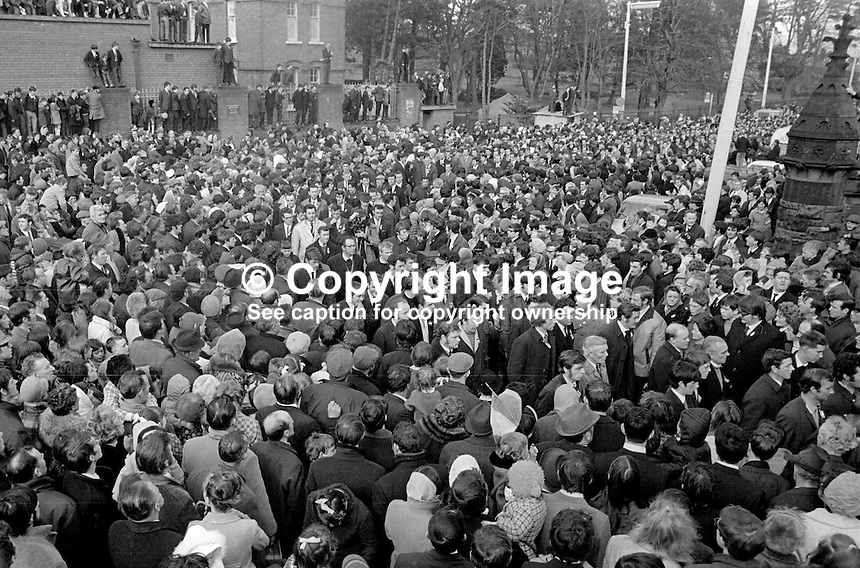 Thousands take part in the annual Easter Sunday Republican Parade seen entering Milltown Cemetery, Belfast, N Ireland. 5th April 1970. 197004050121a<br />
