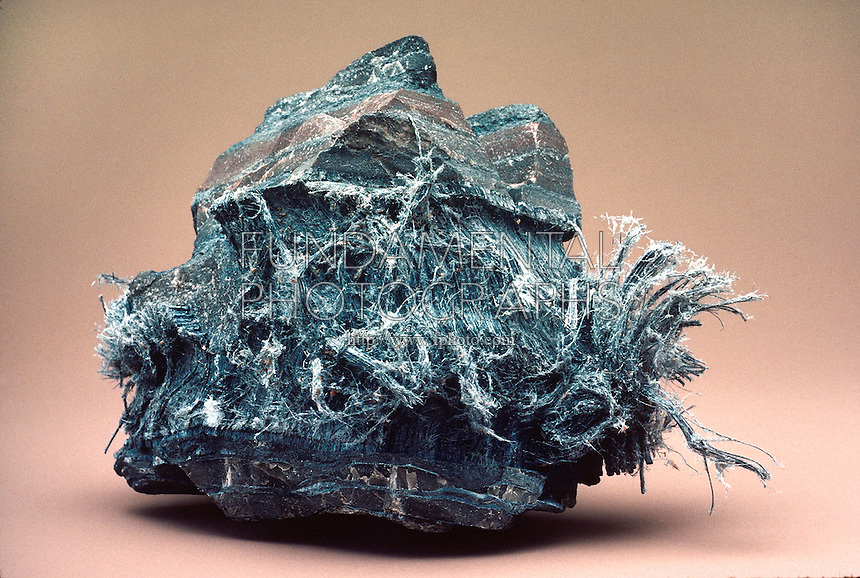 earth science geology minerals chrysotile asbestos