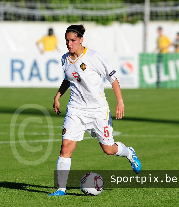 European Women's Under - 19 Championship 2011 Italy :.Switzerland - Belgium U19 : Anais Renier.foto DAVID CATRY / VROUWENTEAM.BE