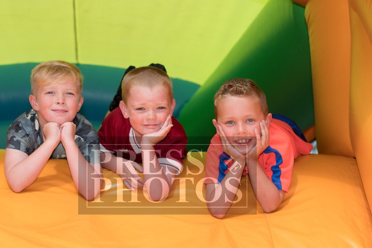 Ava Coyne, Jack O'Reilly & Sean Harrison at the official opening of Little Stars Montessori in Duleek. Photo:Colin Bell/pressphotos.ie