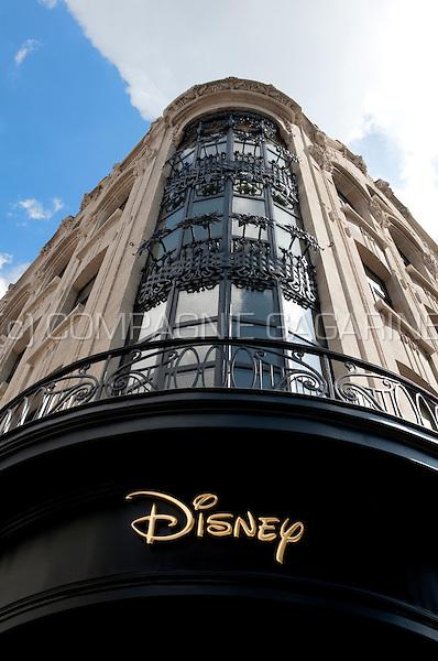 The Disney Store in Antwerp (Belgium, 12/05/2011)
