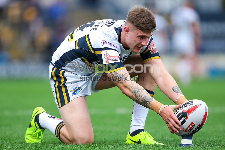 Picture by Alex Whitehead/SWpix.com - 16/06/2017 - Rugby League - Ladbrokes Challenge Cup Quarter Final - Leeds Rhinos v Featherstone Rovers - Headingley Carnegie Stadium, Leeds, England - Leeds' Liam Sutcliffe prepares to kick for goal.