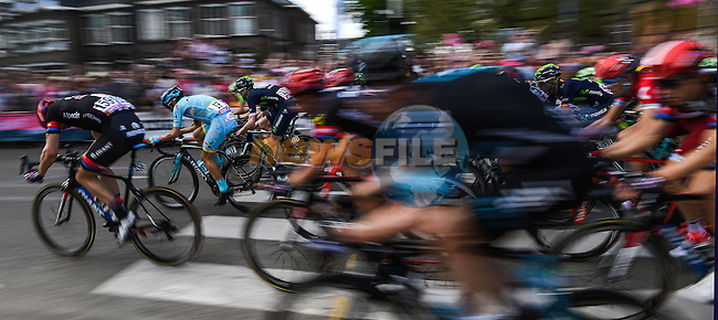 The bunch in action Stage 2 of the 2016 Giro d'Italia running 190km from Arnhem to Nijmegen, The Nethrerlands. 7th May 2016.<br /> Picture: ANSA/Alessandro Di Meo | Newsfile<br /> <br /> <br /> All photos usage must carry mandatory copyright credit (&copy; Newsfile | ANSA/Alessandro Di Meo)