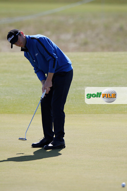 Michael Hoey (NIR) putts on the 8th green during Friday's Round 2 of the 2014 Nordea Masters held at the PGA of Sweden National Lakes Course, Malmo, Sweden.30th May 2014.<br /> Picture: Eoin Clarke www.golffile.ie
