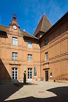 Europe/France/Midi-Pyérénées/82/Tarn-et-Garonne/Montauban: le Musée Ingres - La cour intérieure du musée.