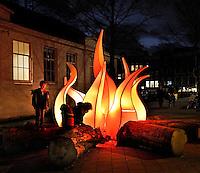 Amsterdam Light Festival. Lichtkunst . Kunstwerk : Camp-Fire