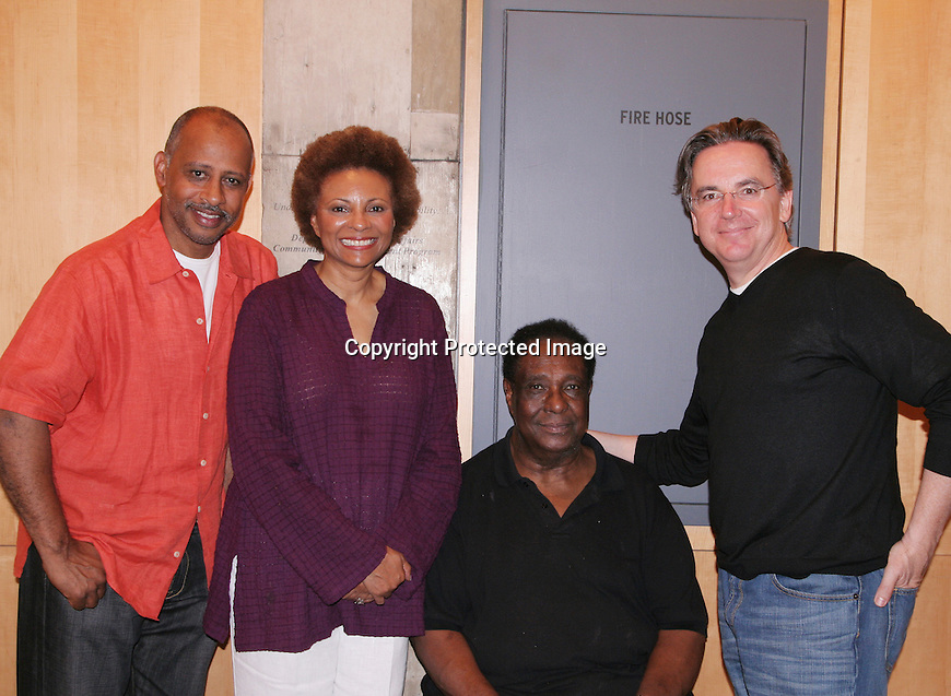 Signature Theatre Company presents THE FIRST BREEZE OF SUMMER By Leslie Lee, directed by Ruben Santiago-Hudson With Harvey Blanks, Yaya DaCosta, Sandra Daley, Crystal Anne Dickinson, Brandon Dirden, Jason Dirden, Quincy Dunn-Baker, Marva Hicks,.John Earl Jelks, Tuck Milligan, Gilbert Owuor, Brenda Pressley, Keith Randolph Smith and Leslie Uggams. Photo by Lia Chang.