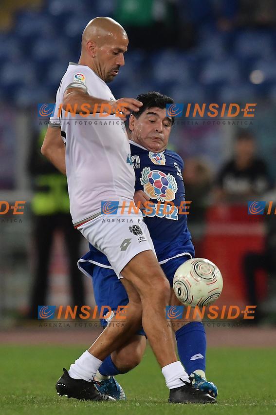 Juan Sebastian Veron, Diego Armando Maradona <br /> Roma 12-10-2016 Stadio Olimpico <br /> Incontro di calcio benefico Uniti per la Pace <br /> Charity football match United for Peace . Foto Andrea Staccioli / Insidefoto